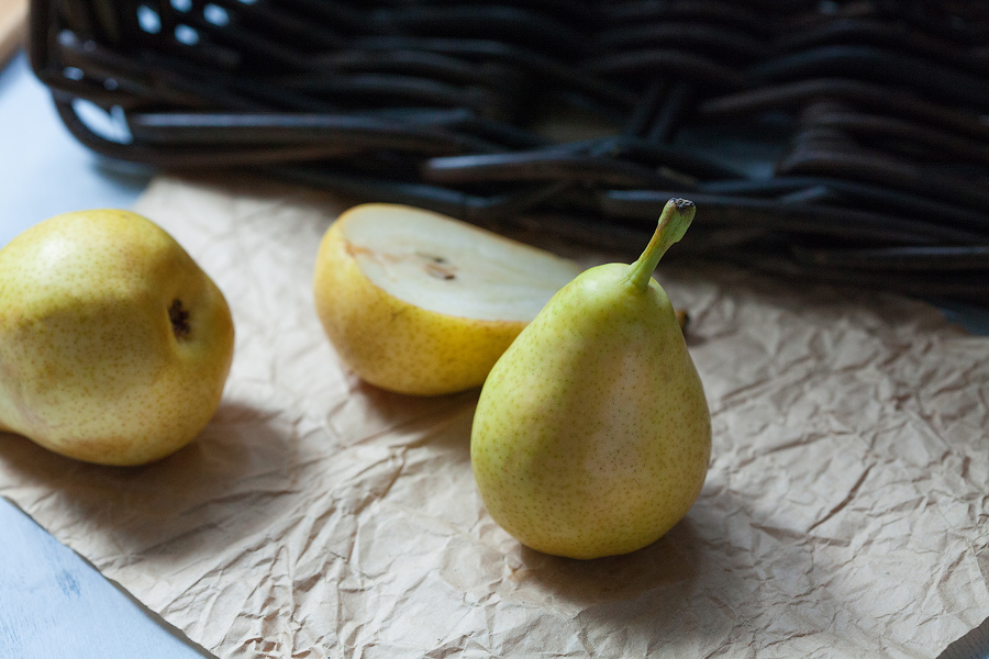 etude with pears III by zadveri