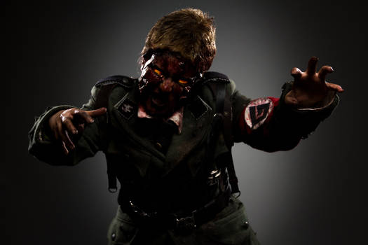 CoD: Nazi Zombies Cosplay 2
