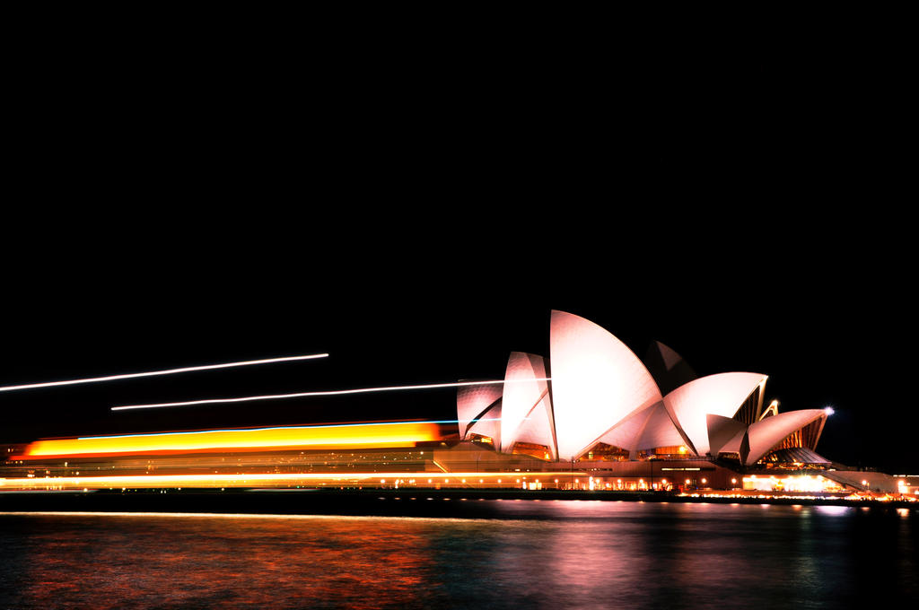 Sailing Opera House by 62dingos