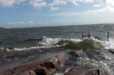 Day of waves II by laziestgirlintown