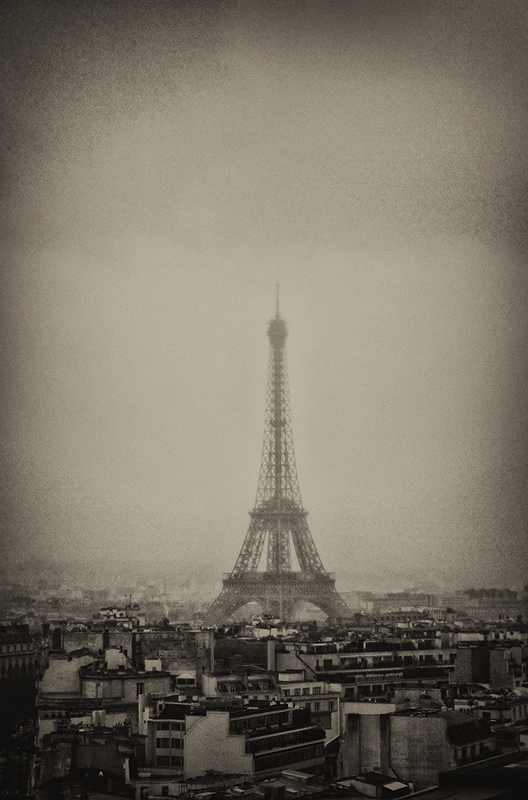 Paris - III - a l'ombre by BennyBrand