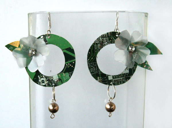 Recycle jewelry, earring by Silverwing9960