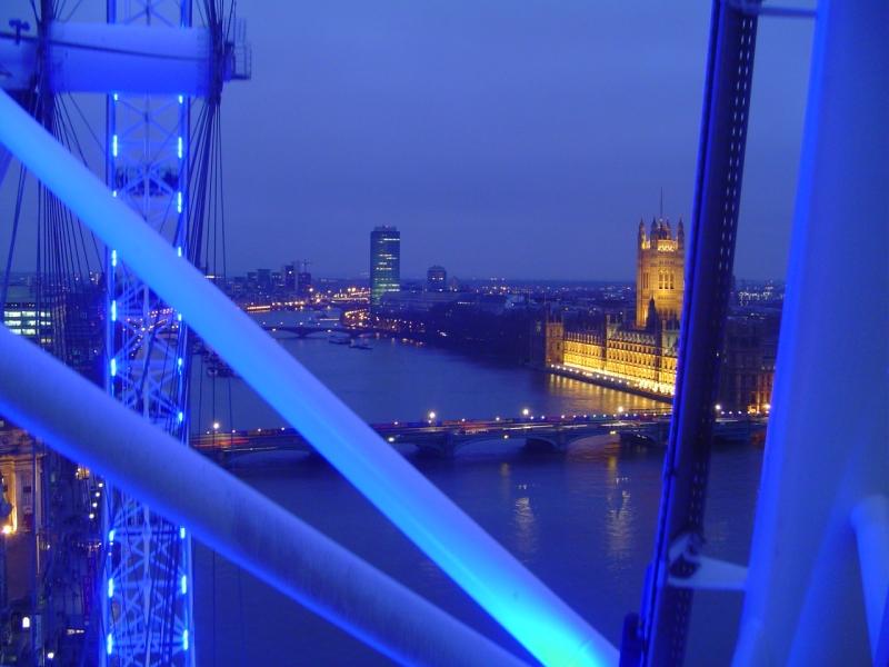london is blue by vegaroth