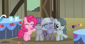 Pinkie pie sisters -old foto- by Godoffury