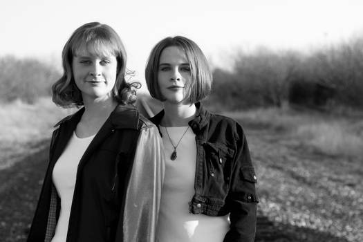 Sisters Portraits-1
