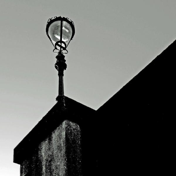 Kirkcudbright: Dee Bridge Lamp by Coigach