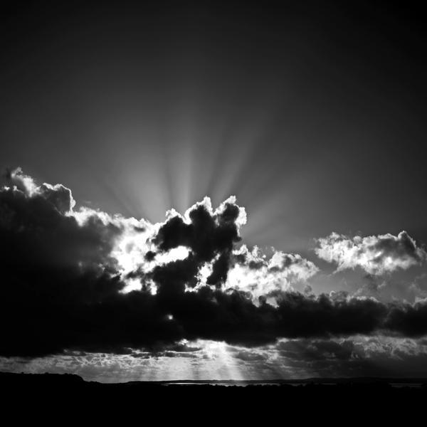 Solway Sunburst - monochrome by Coigach