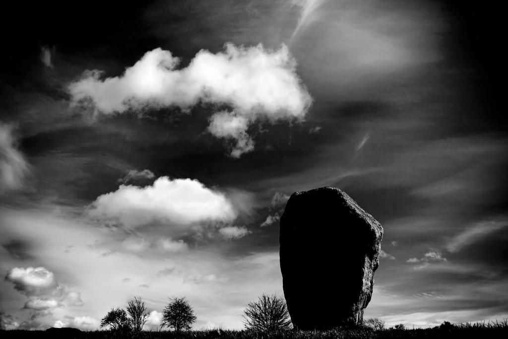 Avebury2 by Coigach
