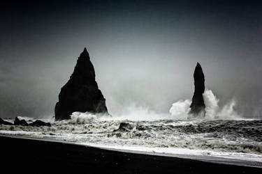 Reynisdrangar: Sea+Fury by Coigach