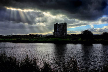 Threave Castle + A Big Crack In The Sky by Coigach