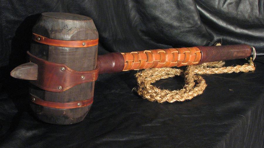 War Hammer by Lederherr