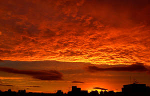 Sky in flames II by marcelosam