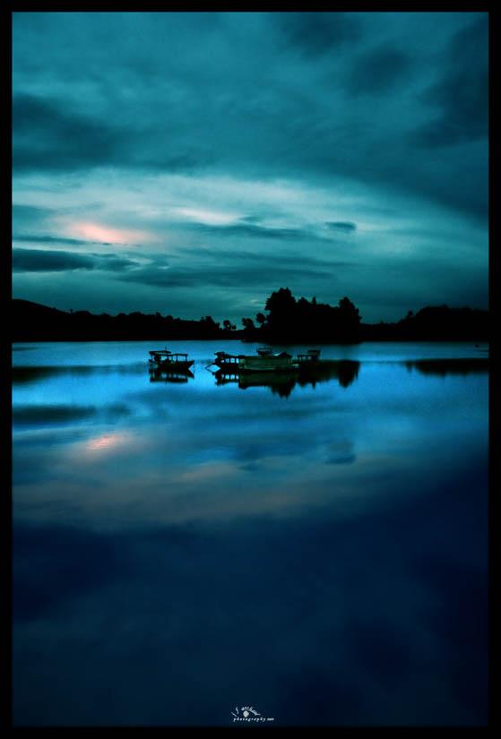 silent... by jfarchaul