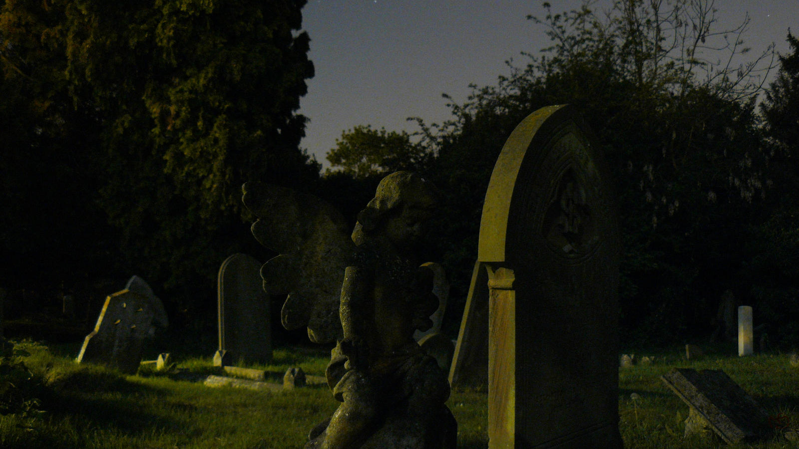 Night at cemetery by grotgier on DeviantArt