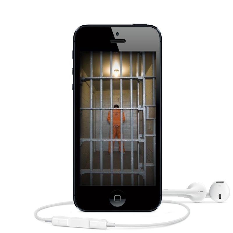 Cell-Phone by quartertofour