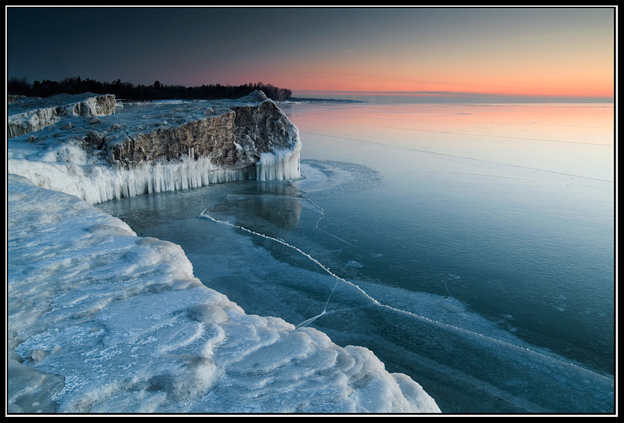 Frozen Ontario by IgorLaptev