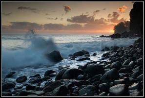 To Catch a Wave by IgorLaptev