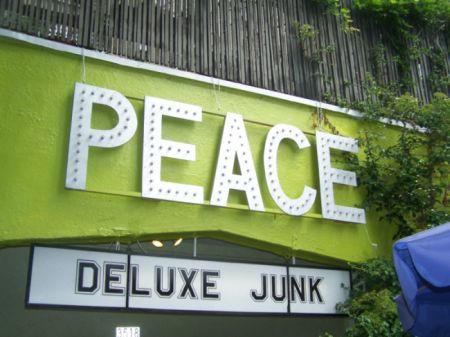 deluxe junk by Sum140