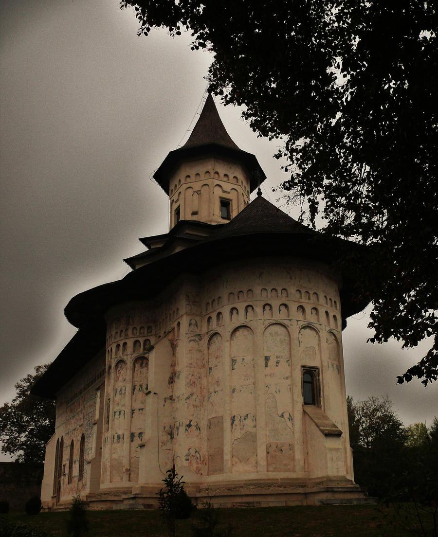 Romanian monastery by lumixdmc850