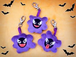 <b>Gastly Keychain Plushies</b><br><i>SophiesPlushies</i>