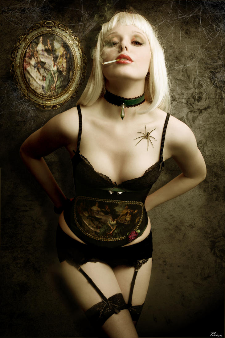 Spider.Queeny by ValerieVirgin