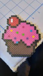 Cupcake (Perler Beads) by coriek99