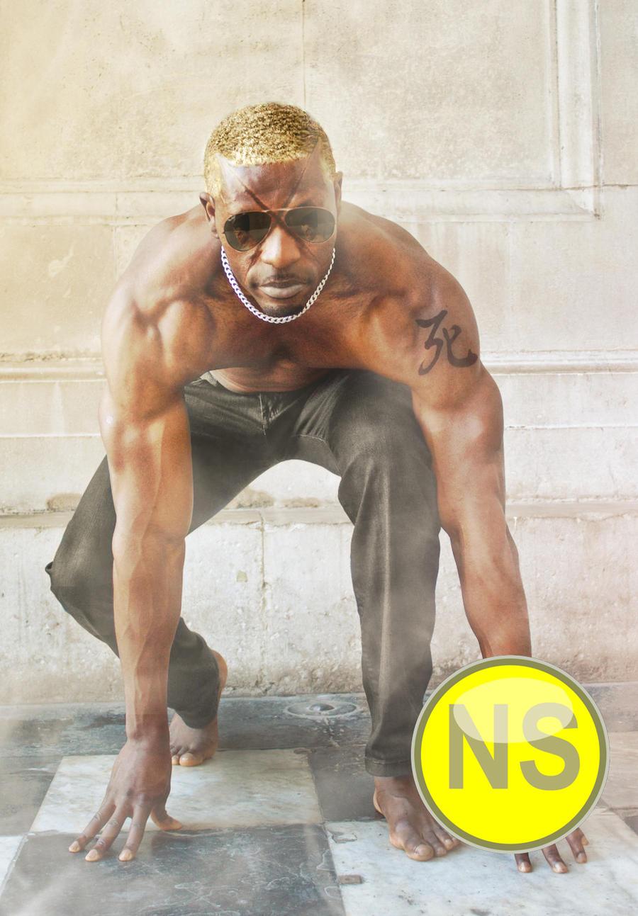 Raven Prepares Himself by NegroSaki
