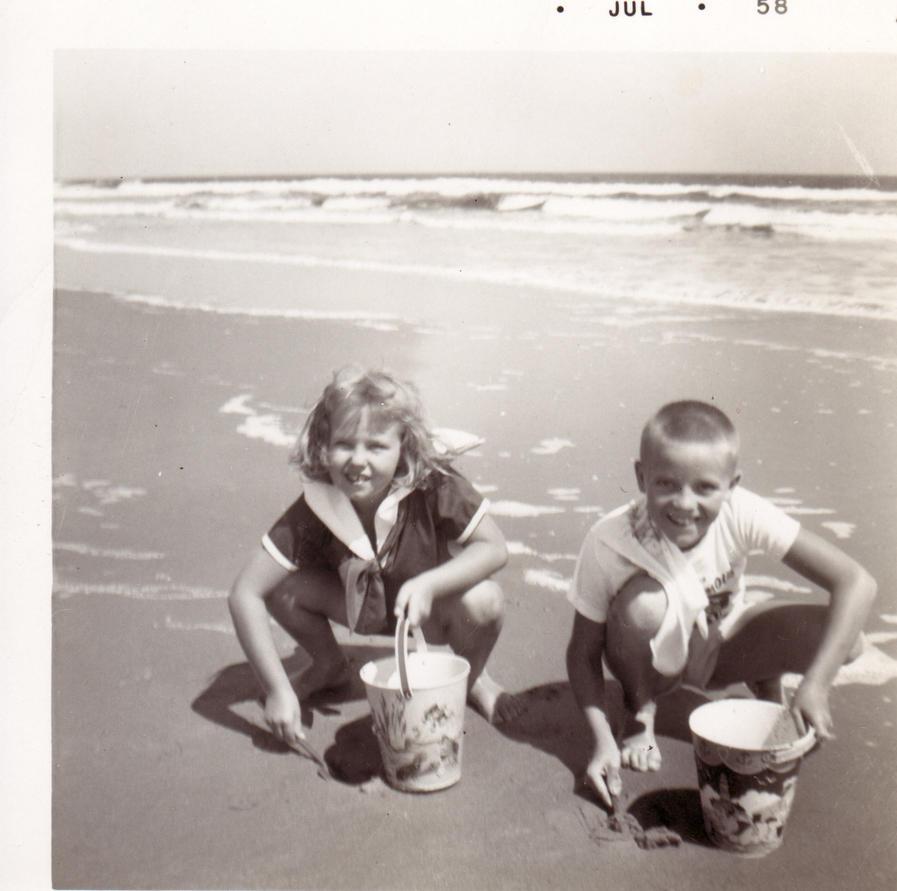 Save Family Photos Vintage Family Photos Teach us Lessons