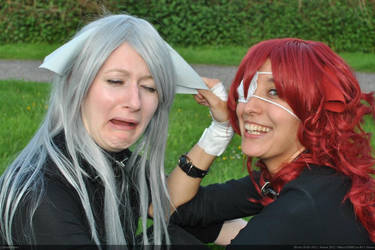 Cosplay: Stop pulling my ear