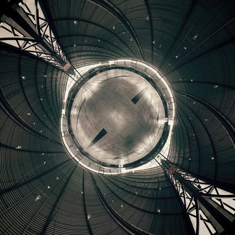 Halle 1 by sputnikpixel
