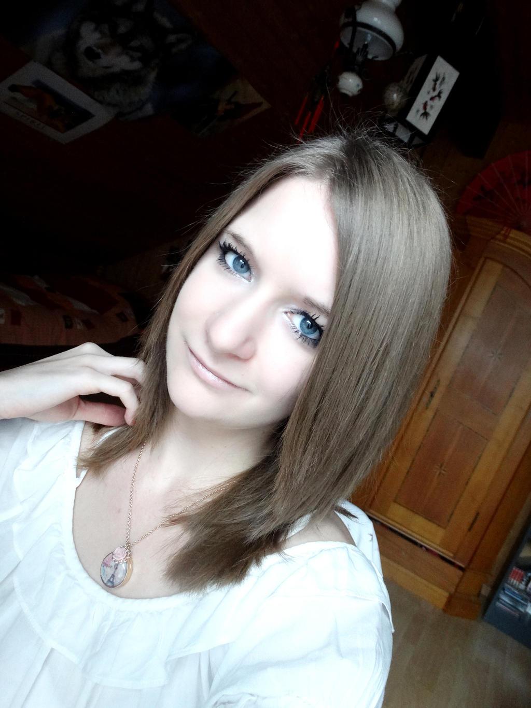 Dragomyra's Profile Picture