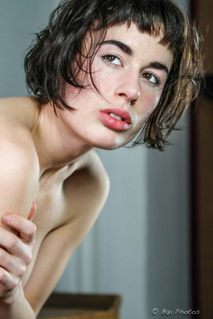 GlassOlive-5822 by GlamourStudios