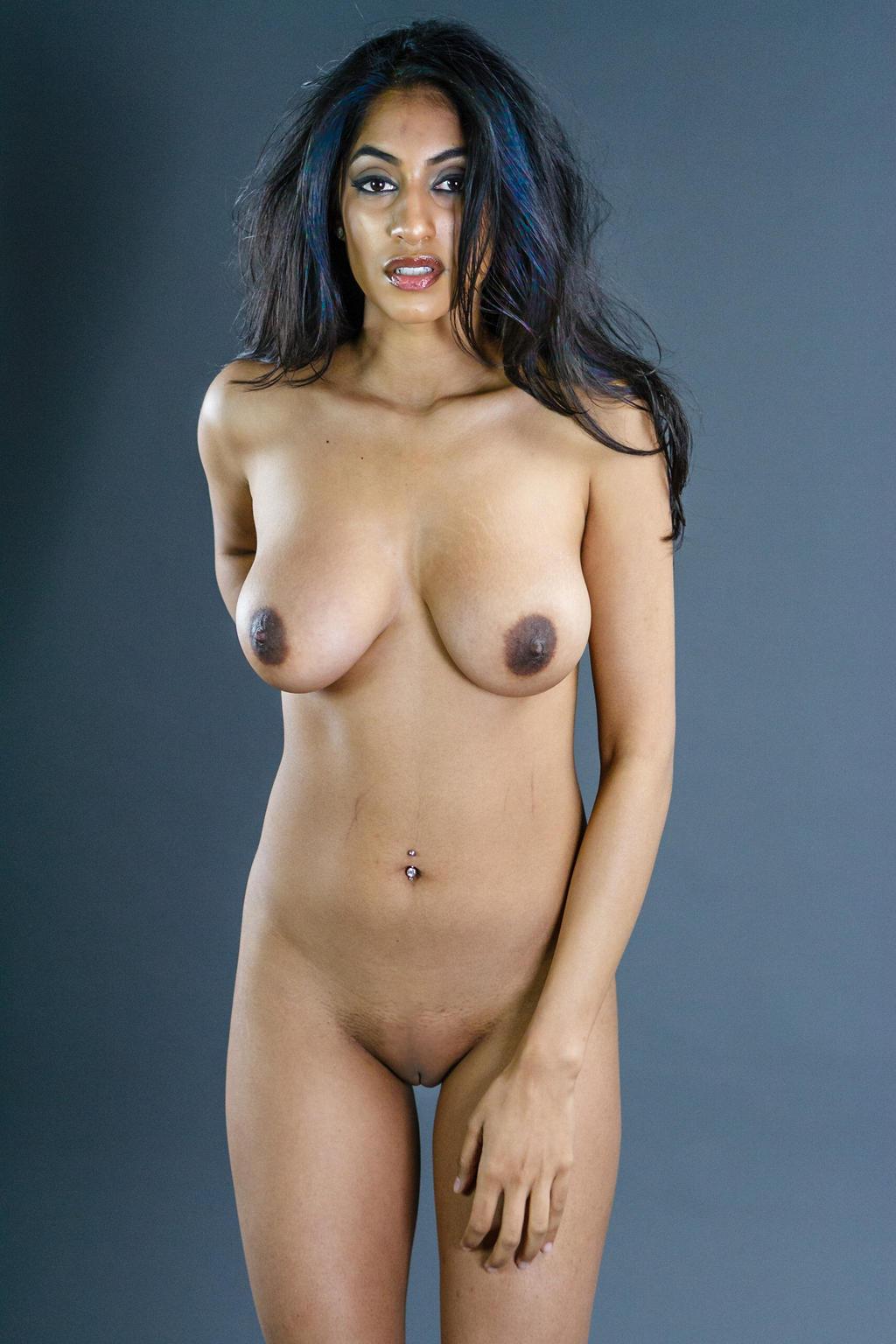 farah-malaysian-nude