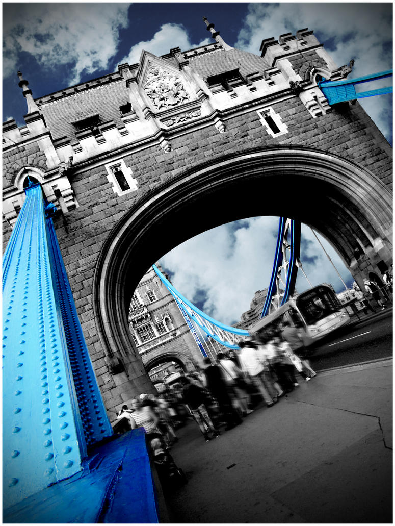 London's Tower Bridge by greenday862