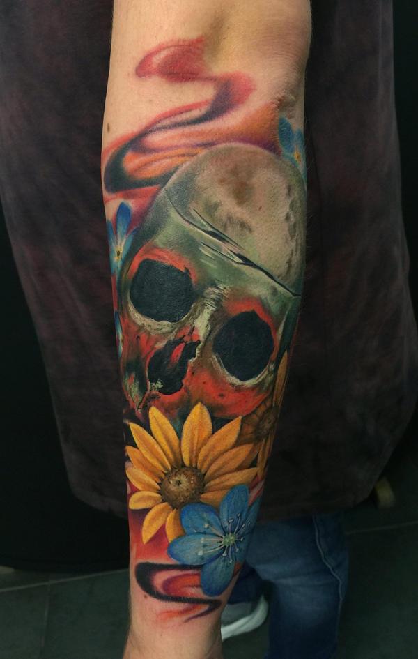 Skull by kayleytatts