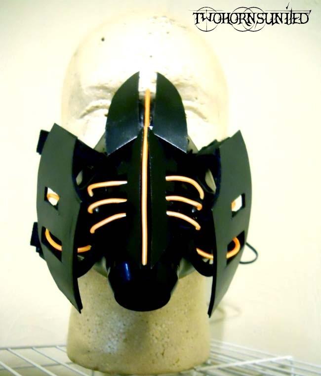 ''Ramulator'' Cybernetic Electro Alien gas mask by TwoHornsUnited