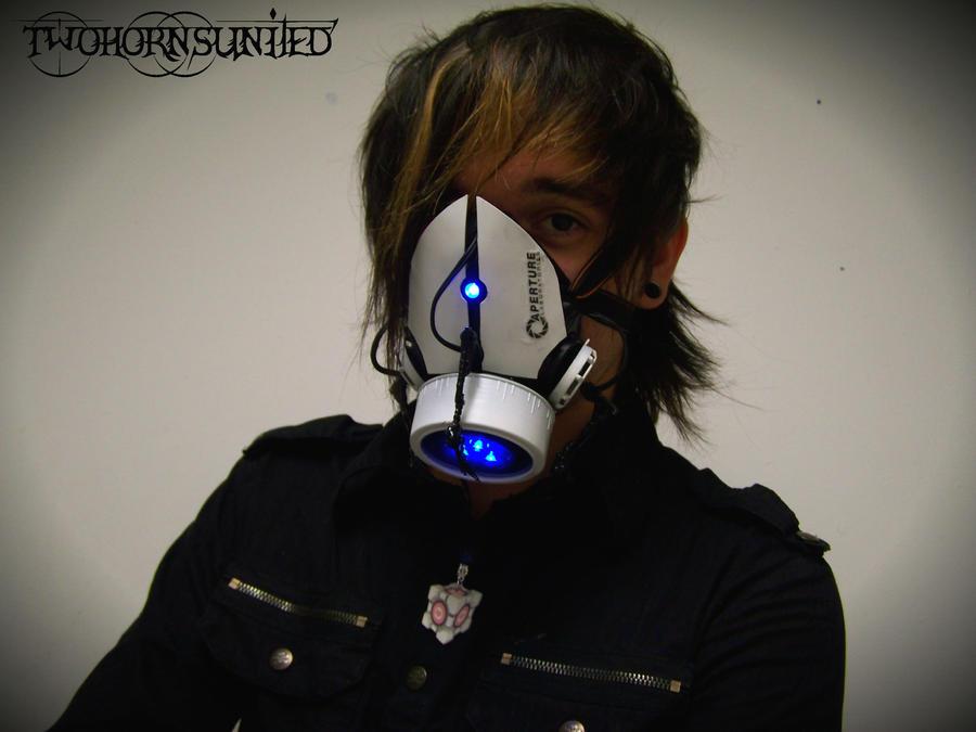 The Aperture Science''portal gun'' gas mask