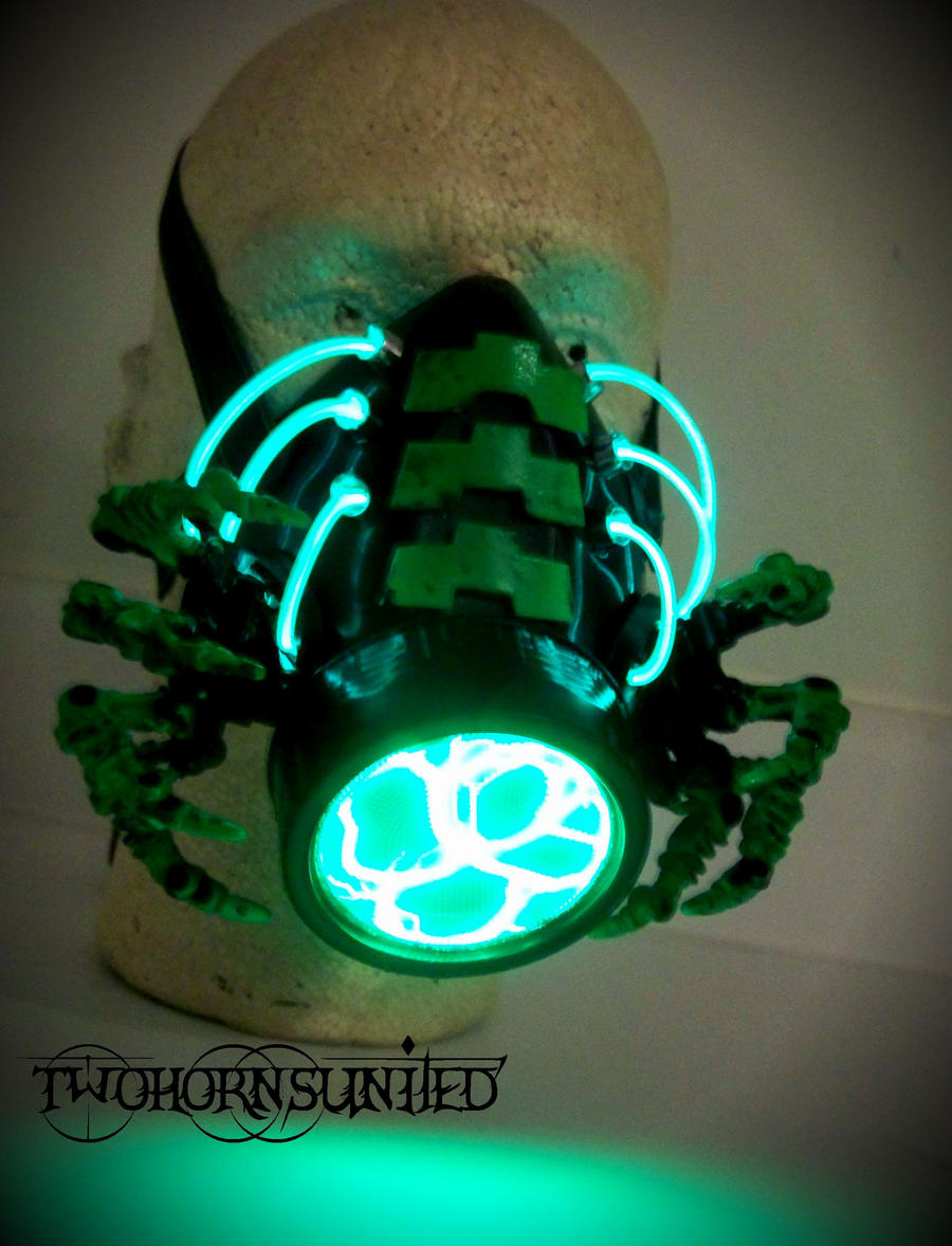 The facehugger cybernetic alien gas mask by twohornsunited on facehugger cybernetic alien gas mask by twohornsunited voltagebd Images