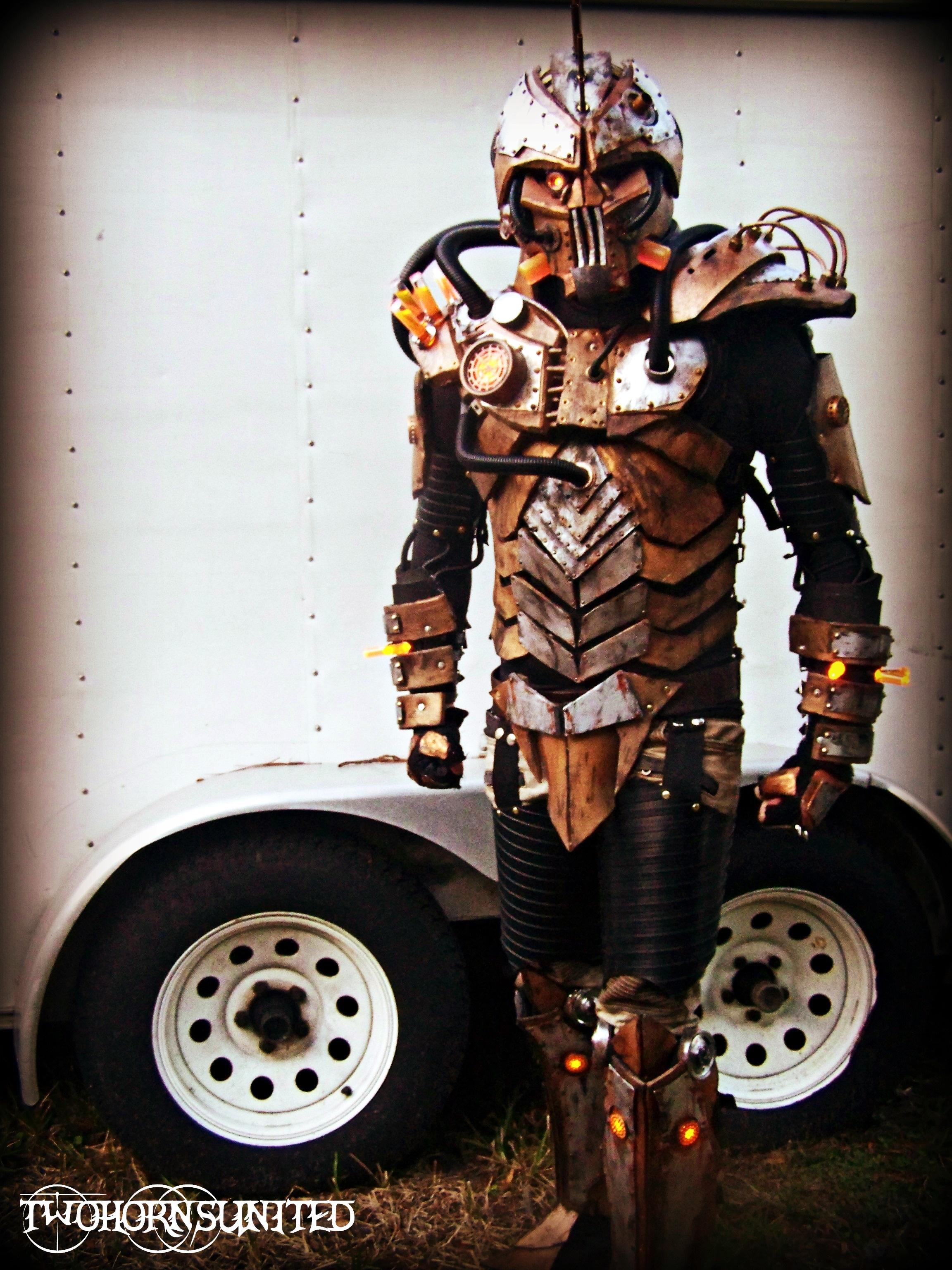 The Steam freak 2.0 light up full Steampunk armor by TwoHornsUnited