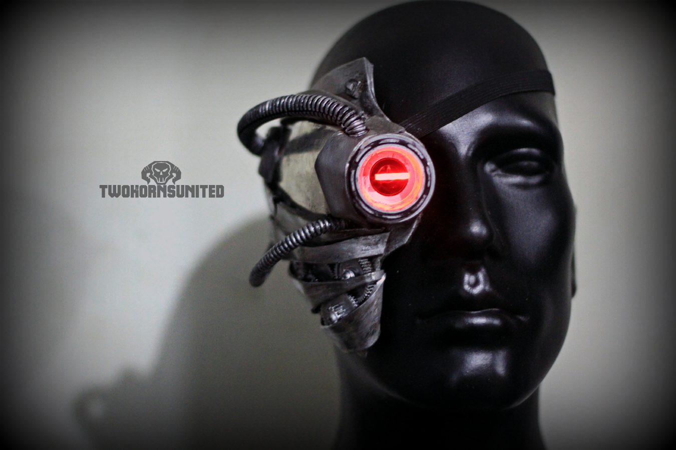 Cyberpunk ocular augmentation by TwoHornsUnited