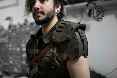 Torque pauldron - Rusty wasteland shoulder armor by TwoHornsUnited