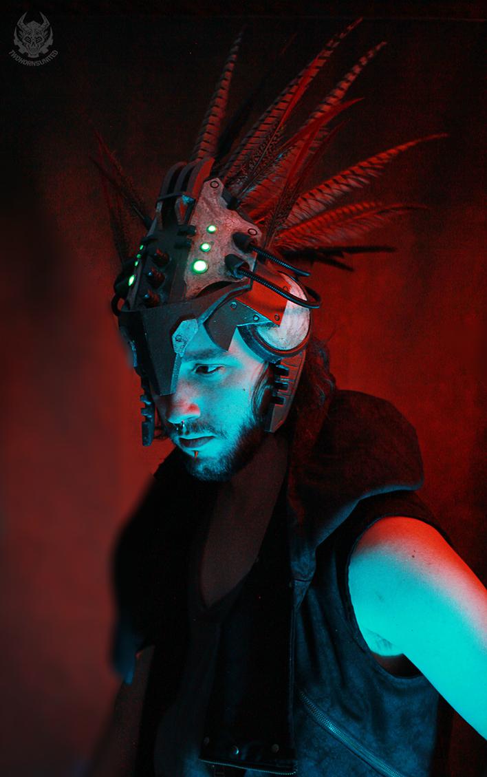 Shamantech neural net headdress by TwoHornsUnited