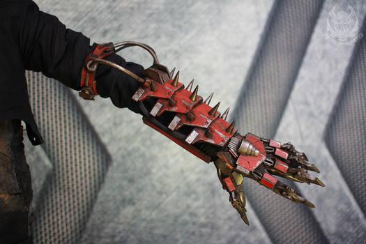 Marauder - cyberpunk clawed gauntlet
