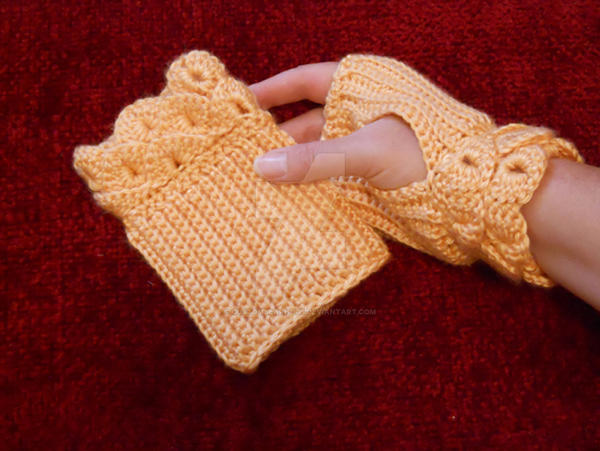Crochet Fingerless Gloves with Crocodile Stitch by ...