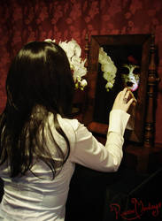 Mirror, mirror... by RavenMontoya