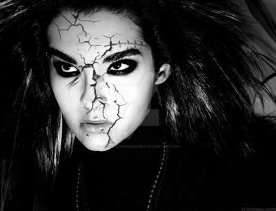 Bill Kaulitz - Face cracks by ProtectMeFromMyself