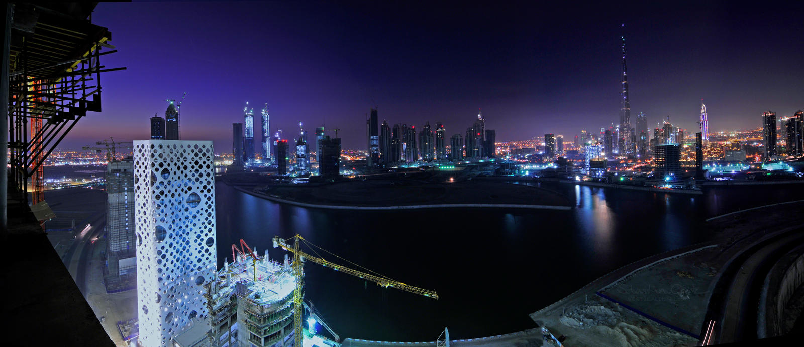 Dubai Business Bay by VerticalDubai