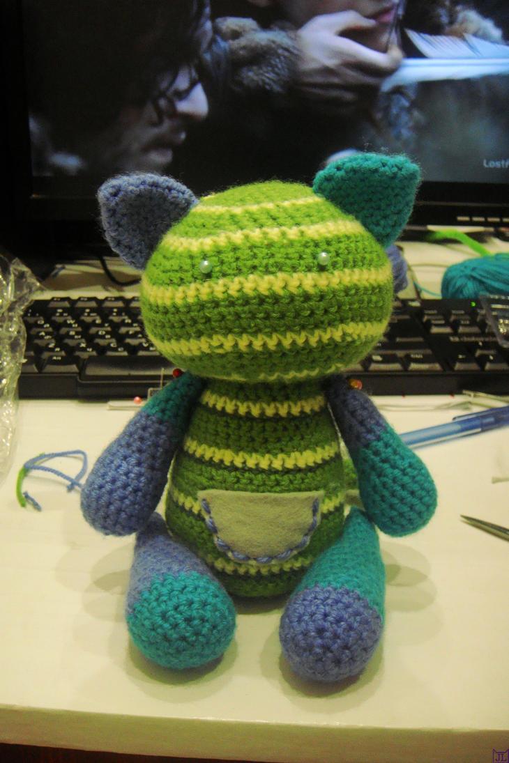 Green cat - WIP by Jil-lia