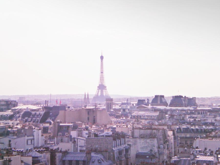 Eiffel tower by Galaayn