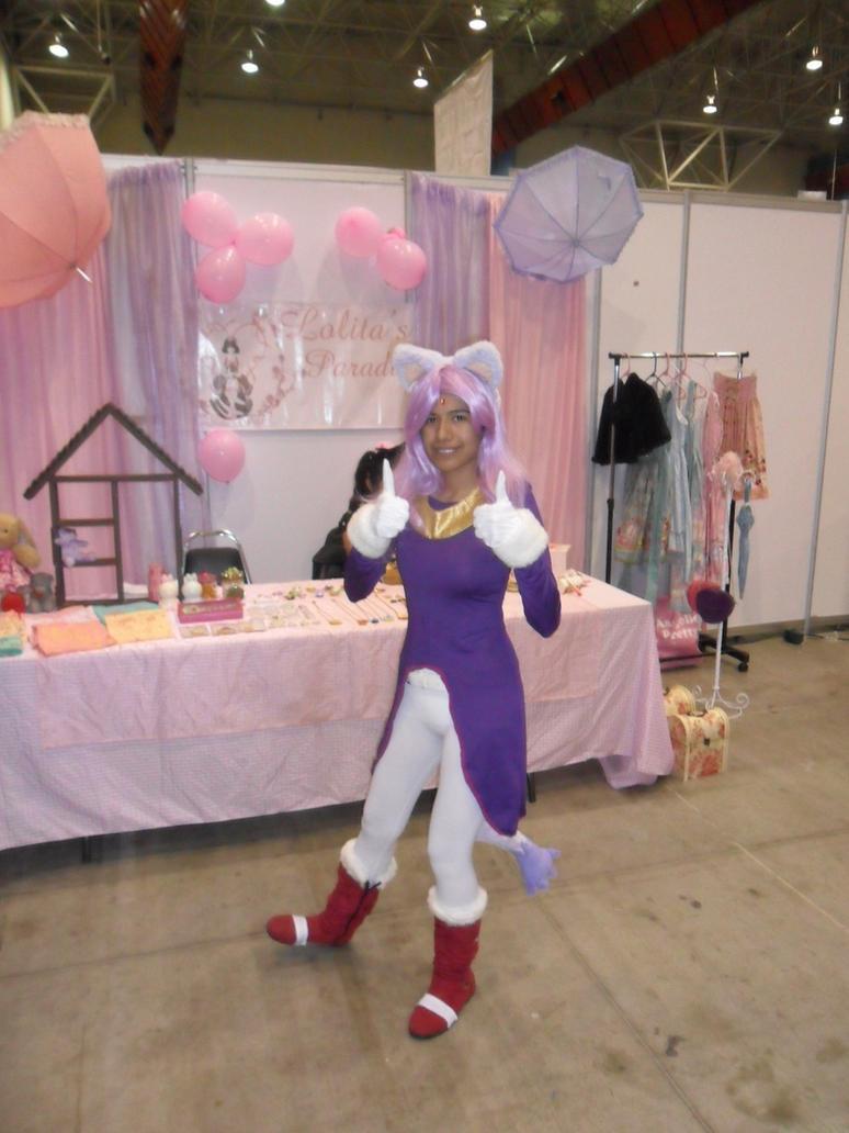 Blaze the cat cosplay